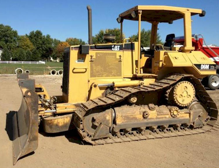 Used 2000 Caterpillar D6M for Sale